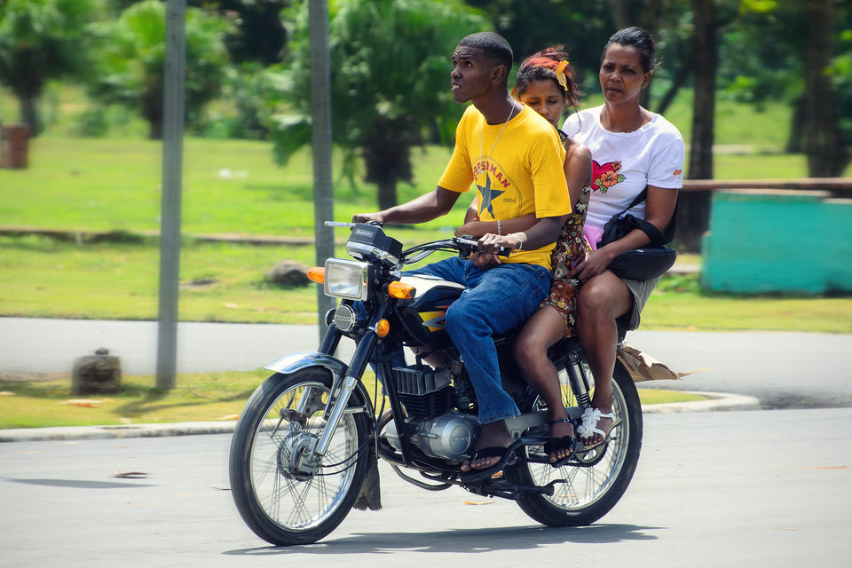 dominican-biking-threesome