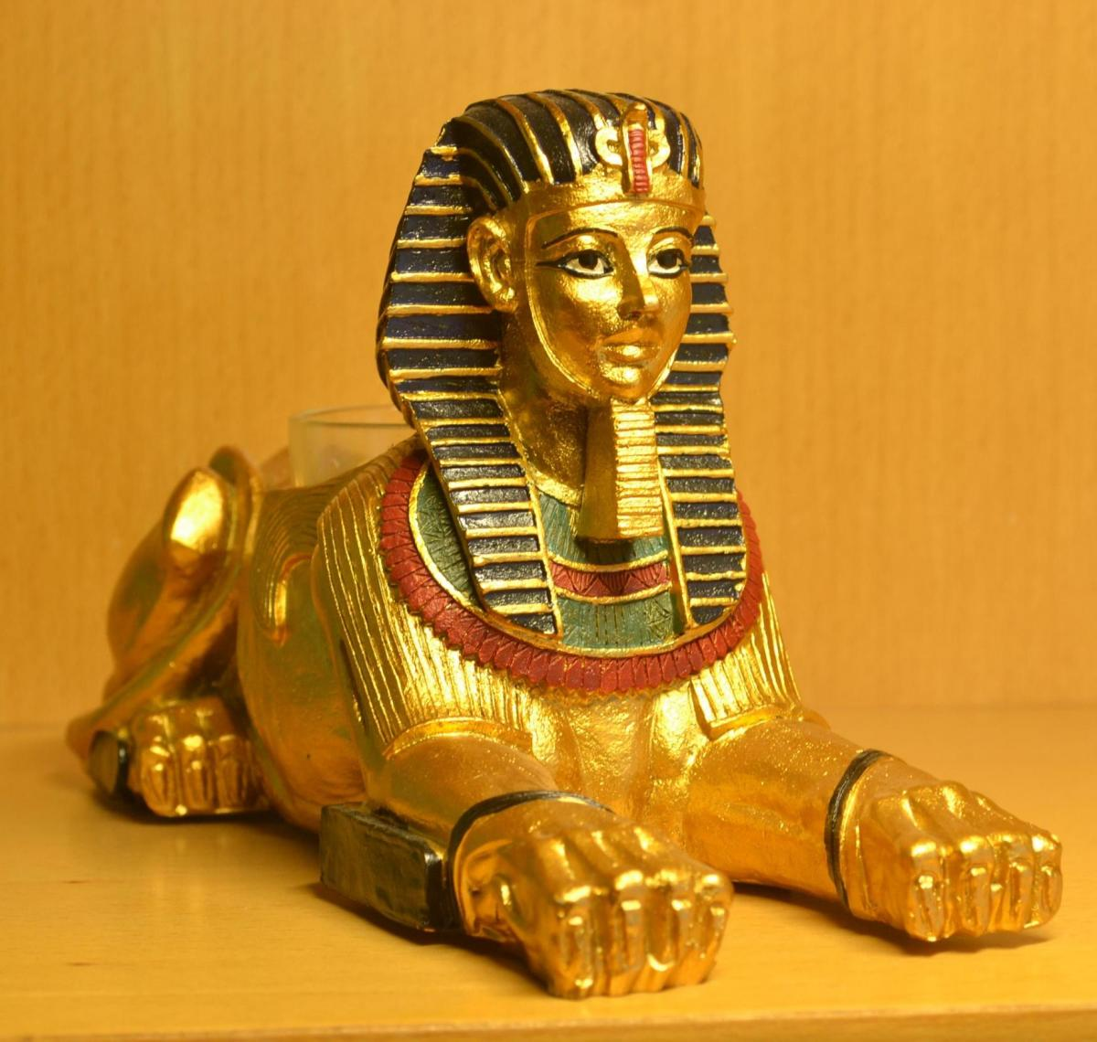 egyptian-sphinx-figurines