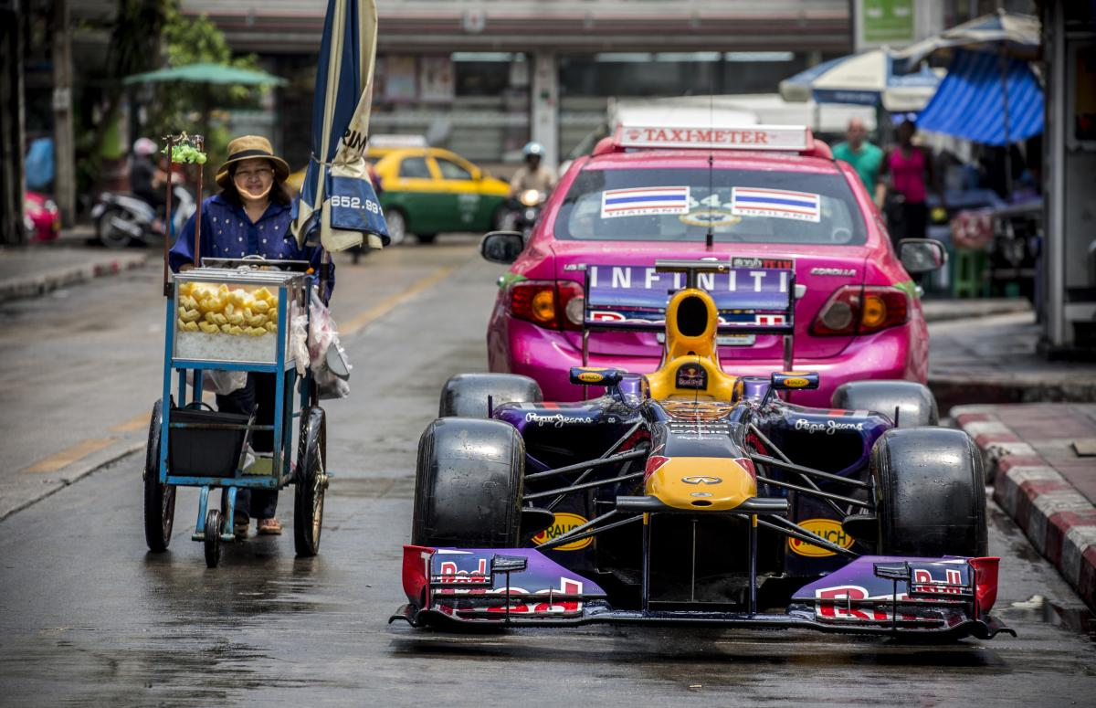 red_bull_show_car_in_bangkok_thailand